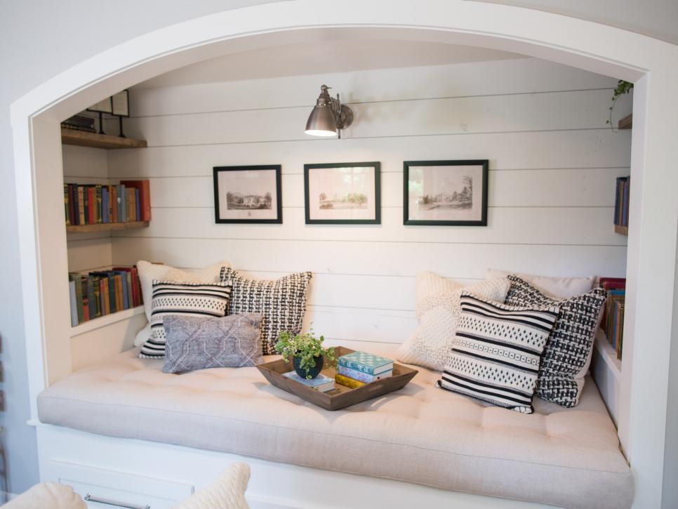 Ten Cozy Reading Nook Ideas – Follow The Yellow Brick Home