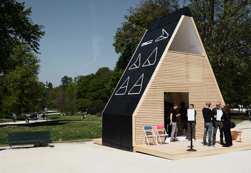 INHABITS, micro emergency shelters in Parco Sempione