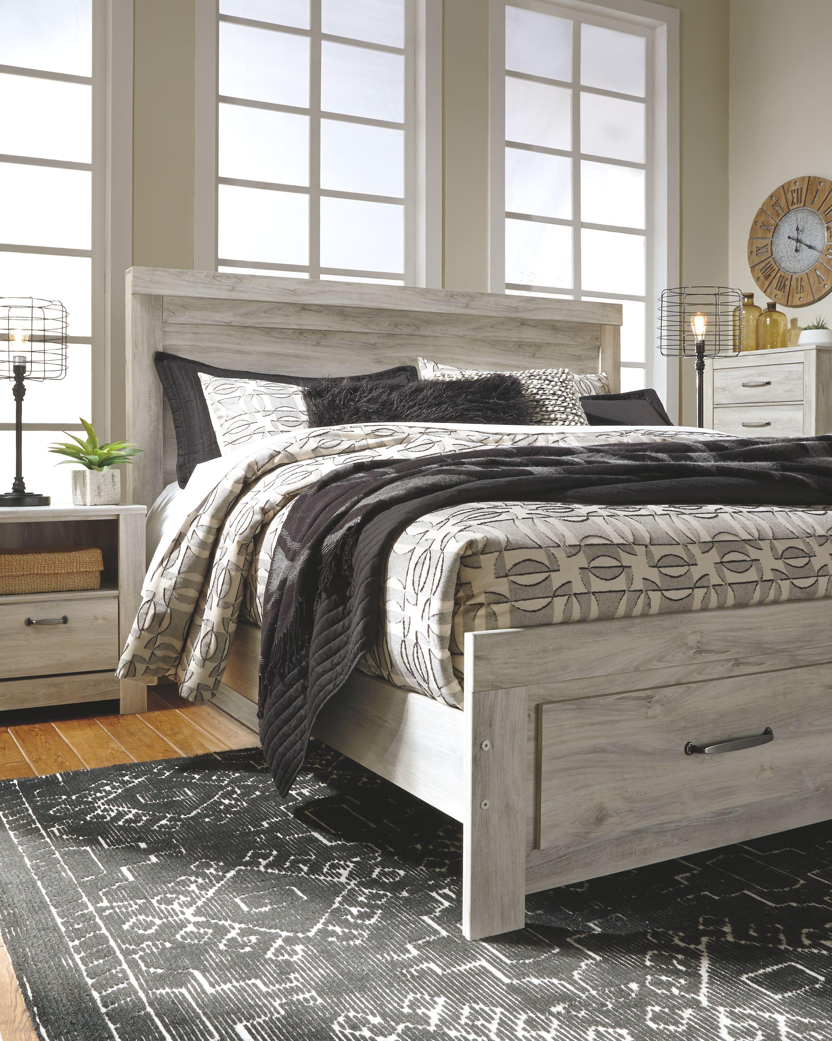Bellaby Queen Bed with 2 Nightstands, Whitewash Bedroom