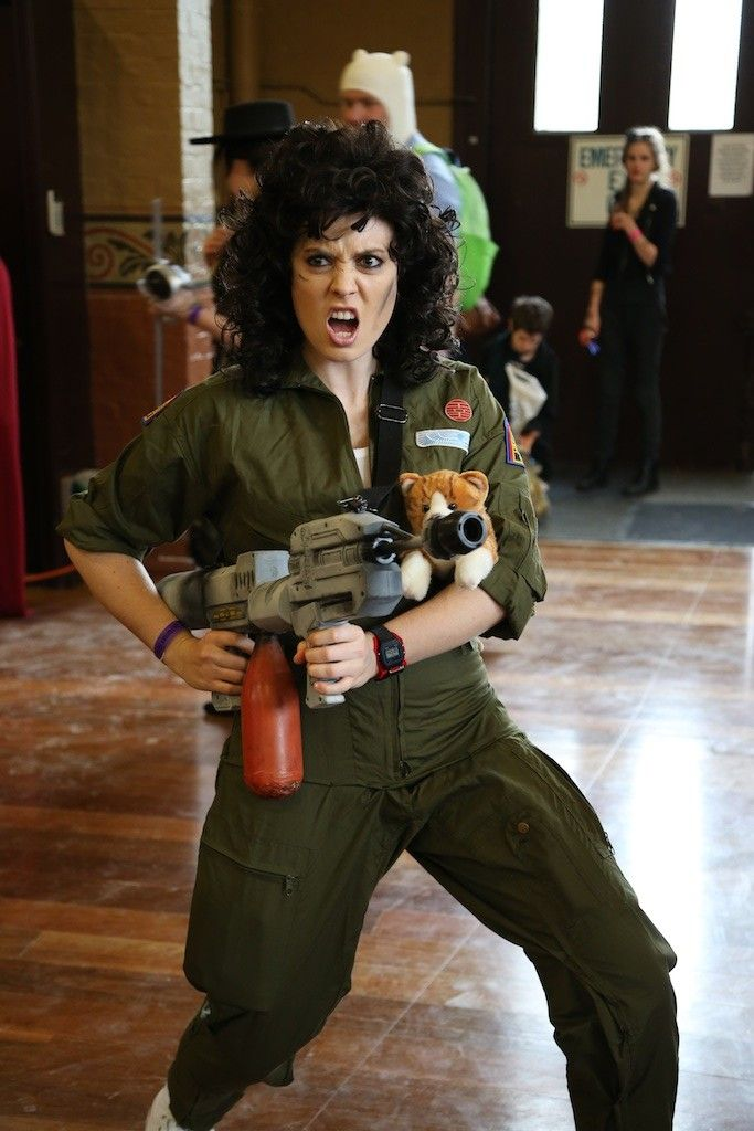 Because no Ripley costume is complete WITHOUT KITTY. Oz Comic-Con 2014 -  Melbourne cosplay - Ripley (Aliens) fc1c85619583