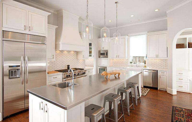 20 Beautiful Stainless Steel Island Counters Home Design Lover Best Kitchen Countertops Stainless Steel Kitchen Countertops Outdoor Kitchen Countertops