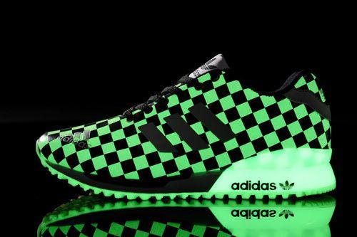 Adidas Originals ZX flujo Plaid tablero zapatos Brillan en la oscuridad