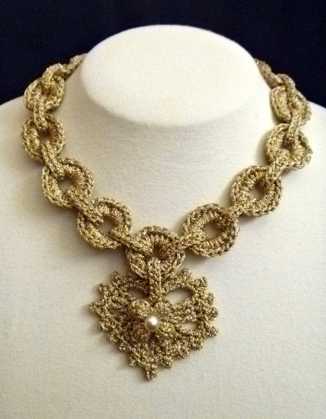 A New Use for the Charming Bracelet Pattern! | Crochet | Pinterest ...