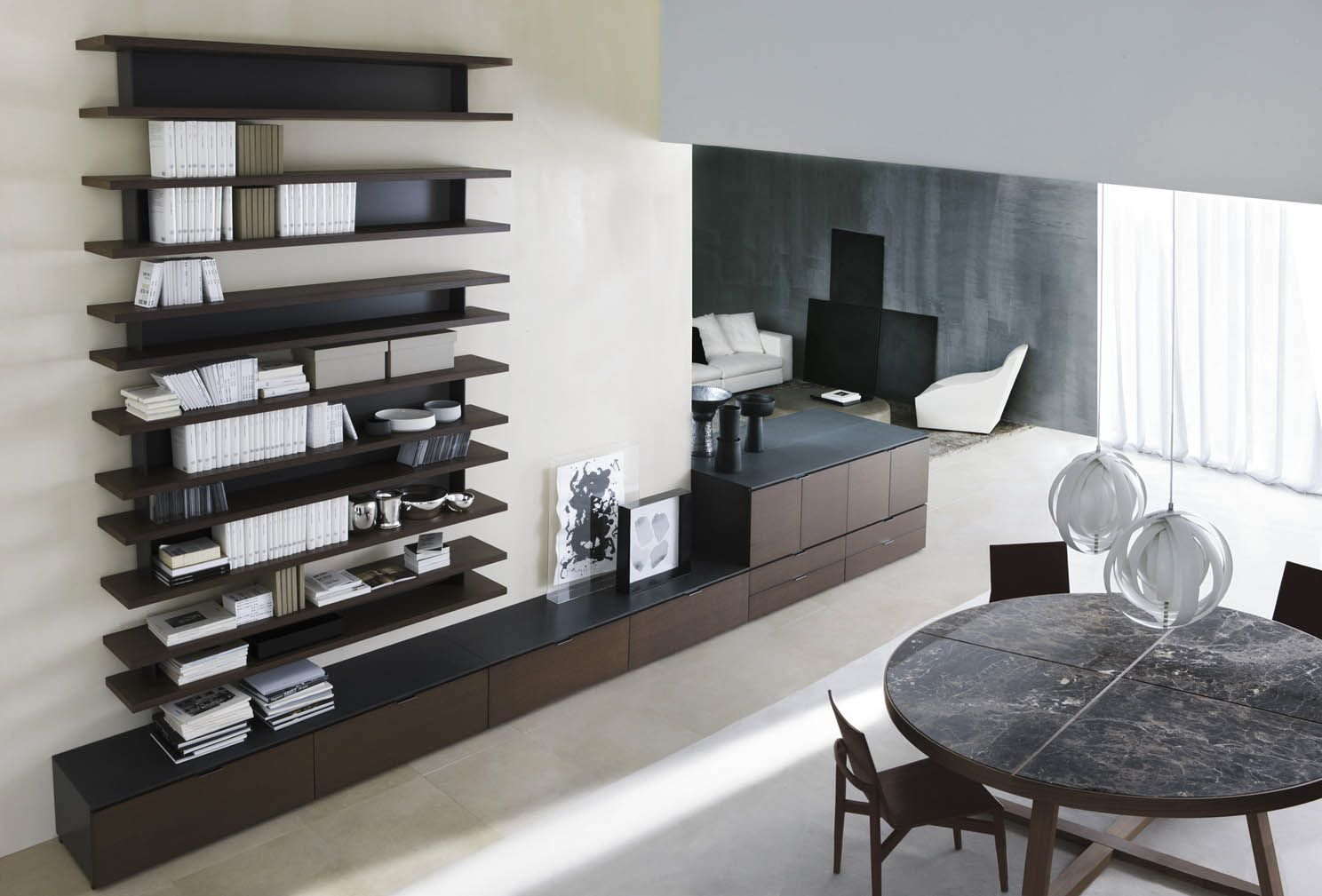 Molteni & C Living room shelves
