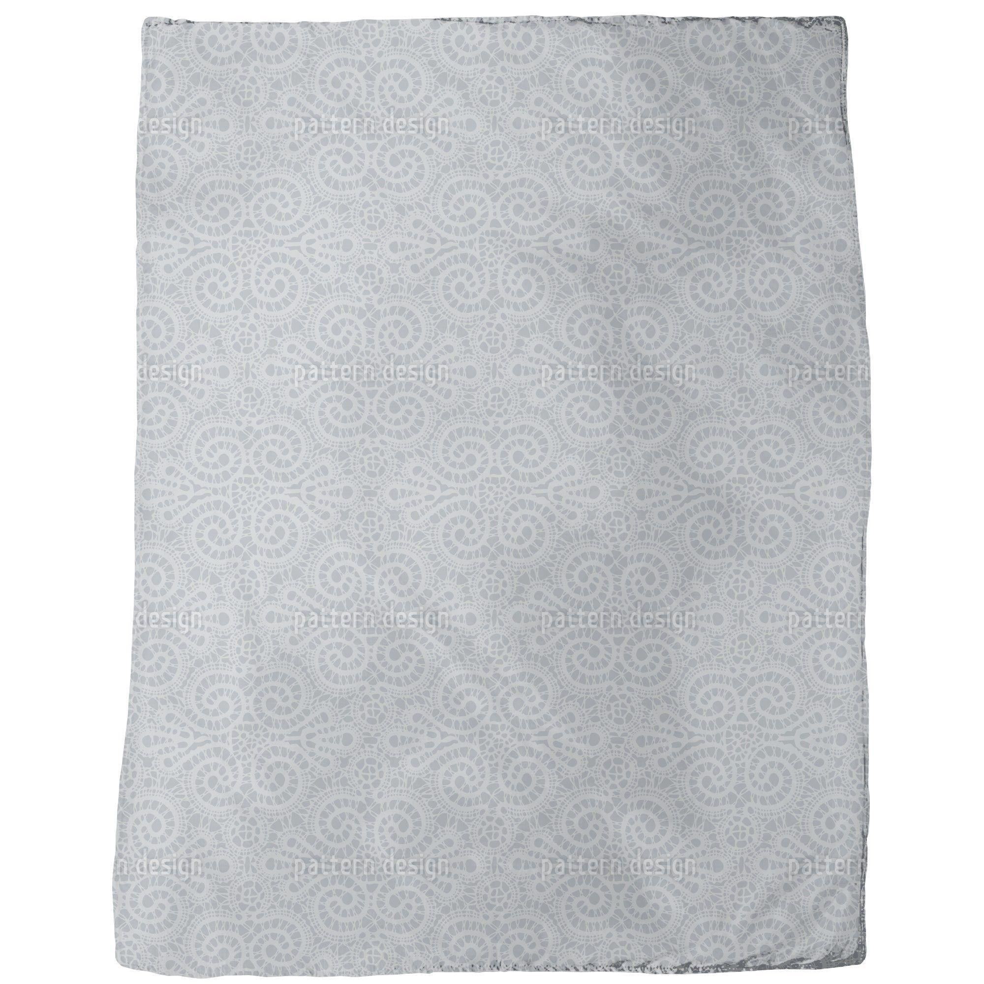 Uneekee Elegant Lace Blanket