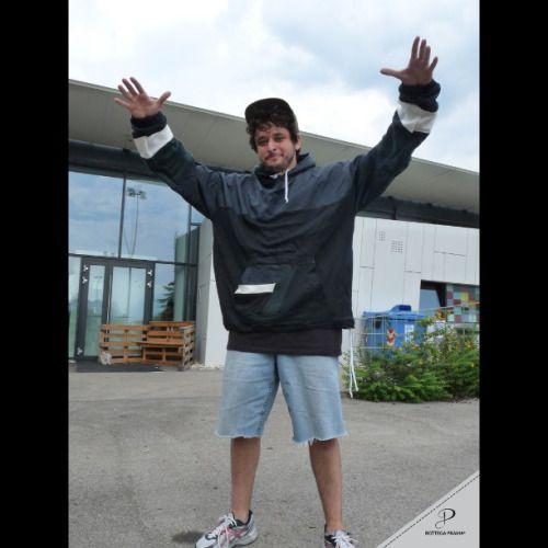 Proud to support @b.boysnook @bottegaprama #bottegaprama #clothing #tshirt #streetwear #hoodies #pants #fashion #style #madeinitaly #logo #sew #lettering #hiphop #breakdance #bboy #bgirl #dance #breaking #print #silkscreen #pocket #writing #shirt #shorts #fresh #tracksuit #hoodies