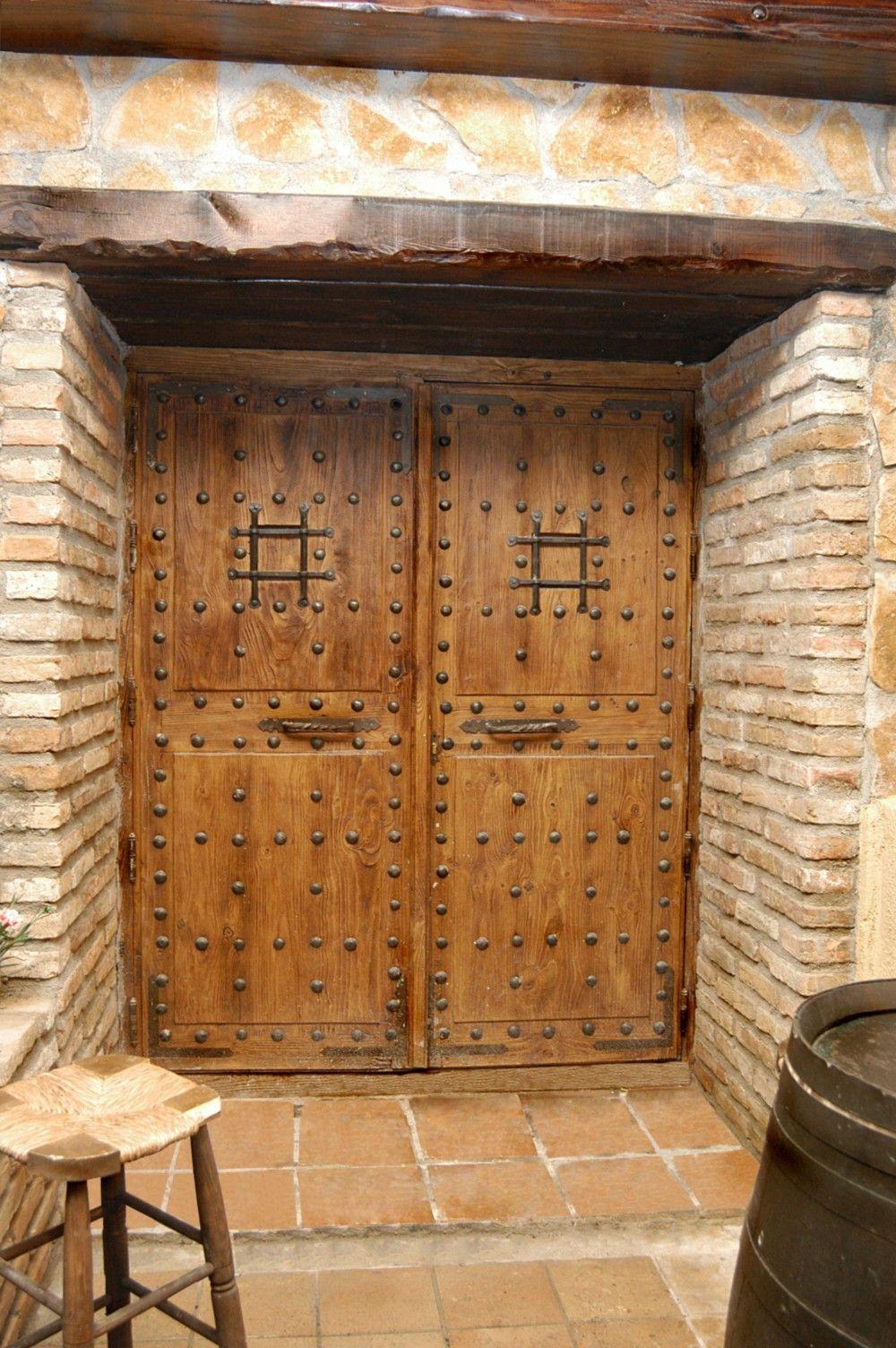 Puertas Antiguas Exterior E Interior En Madera 2020 Puertas De Madera Maciza Madera Para Exterior Puertas De Madera