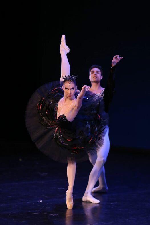 Balletomane - passioneperladanza:   Oksana Skoryk and Timur...