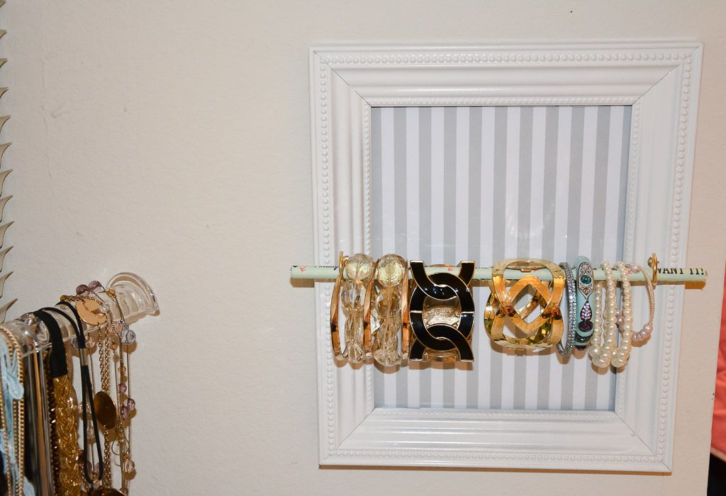 Diy bracelet display for under 10 tutorial at www