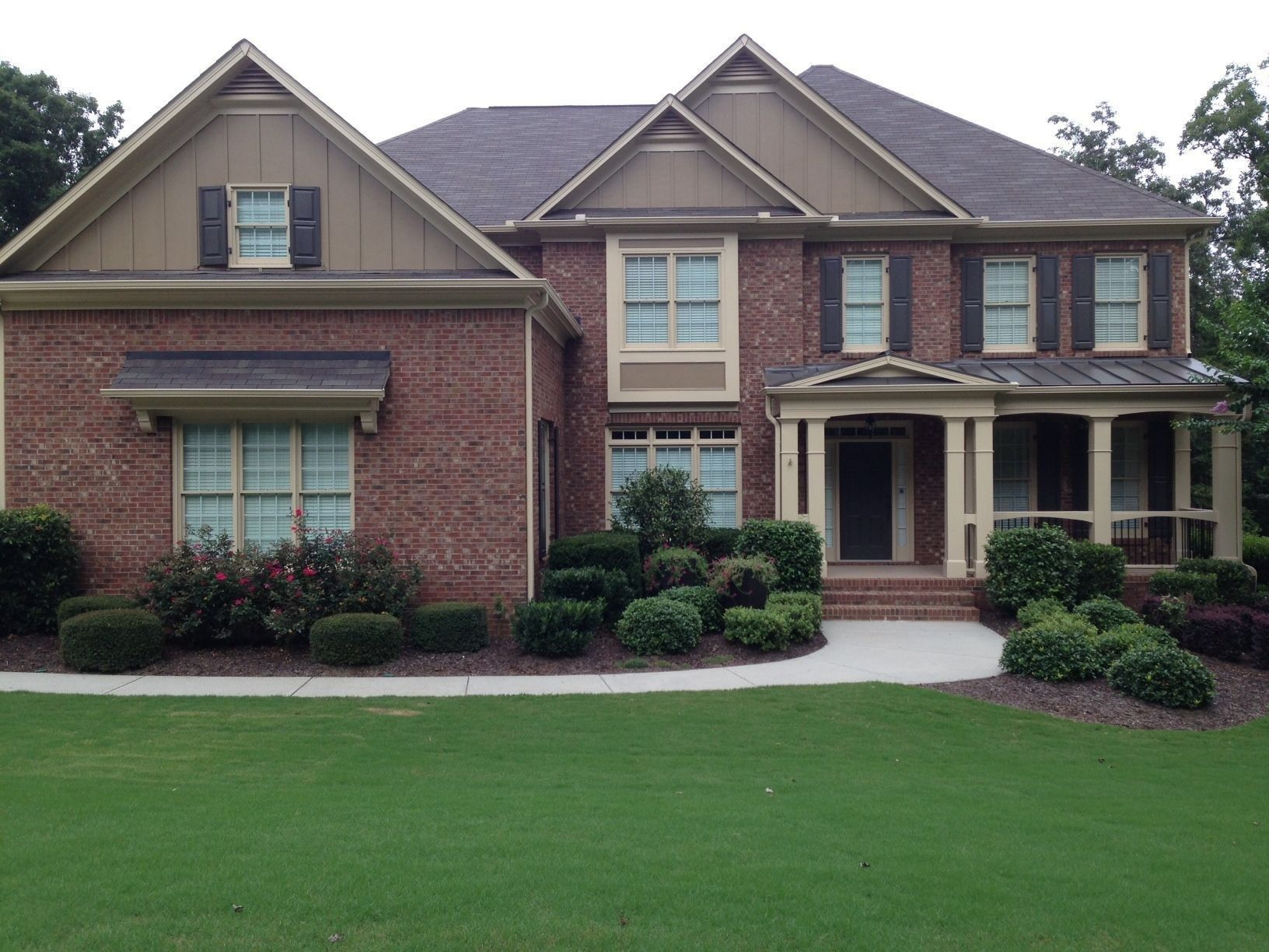 53 Exterior Paint Colors For House With Brown Roof Red Brick