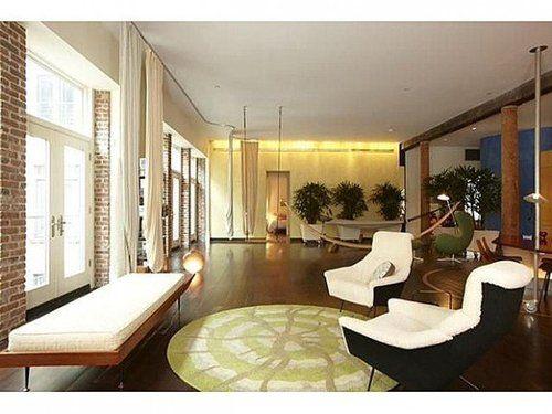 Celebrity real estate: Fallon, Danes, Falco involved in market  http://on.msnbc.com/LjdXkO