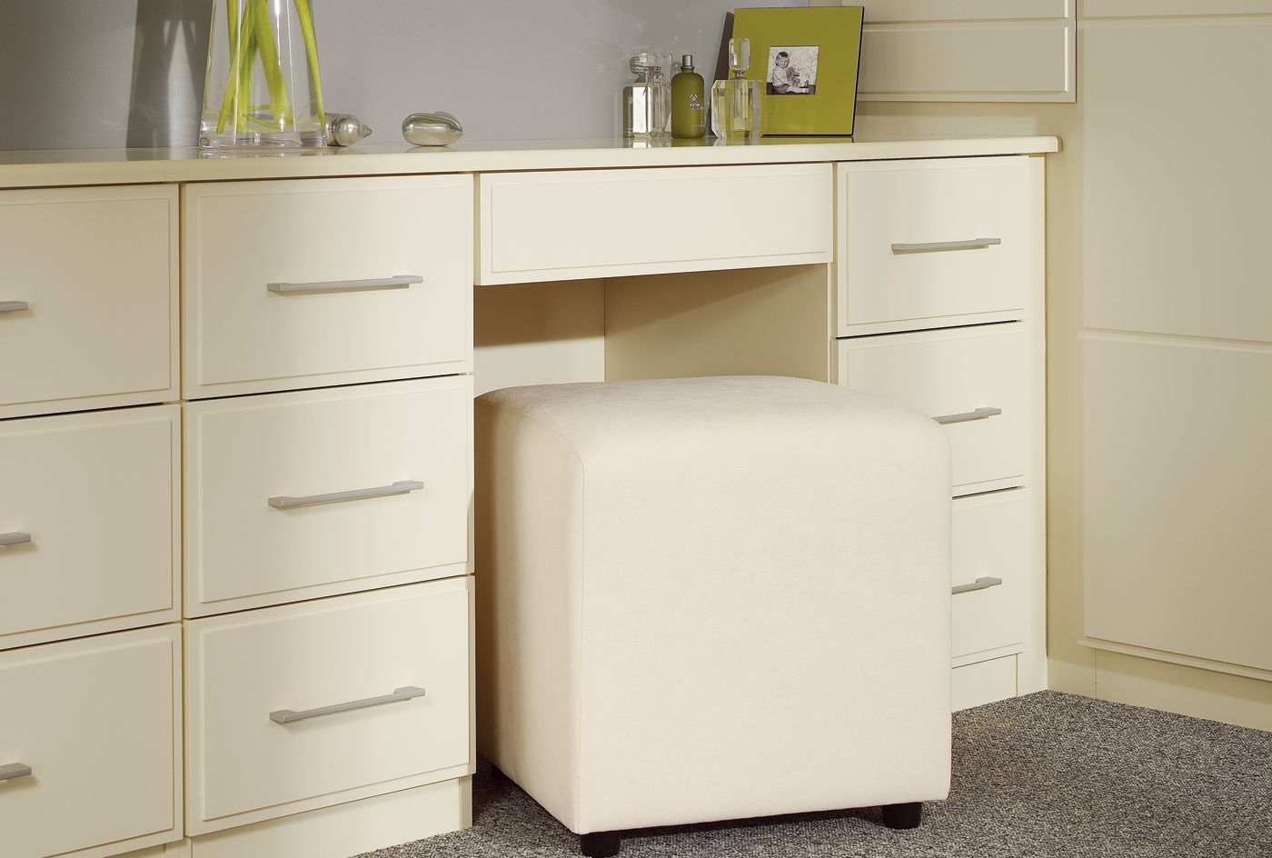 a shot of an example of a dressing table from the linea cream