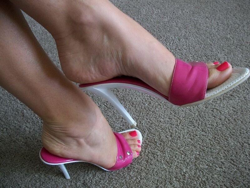 Nylons Sandals
