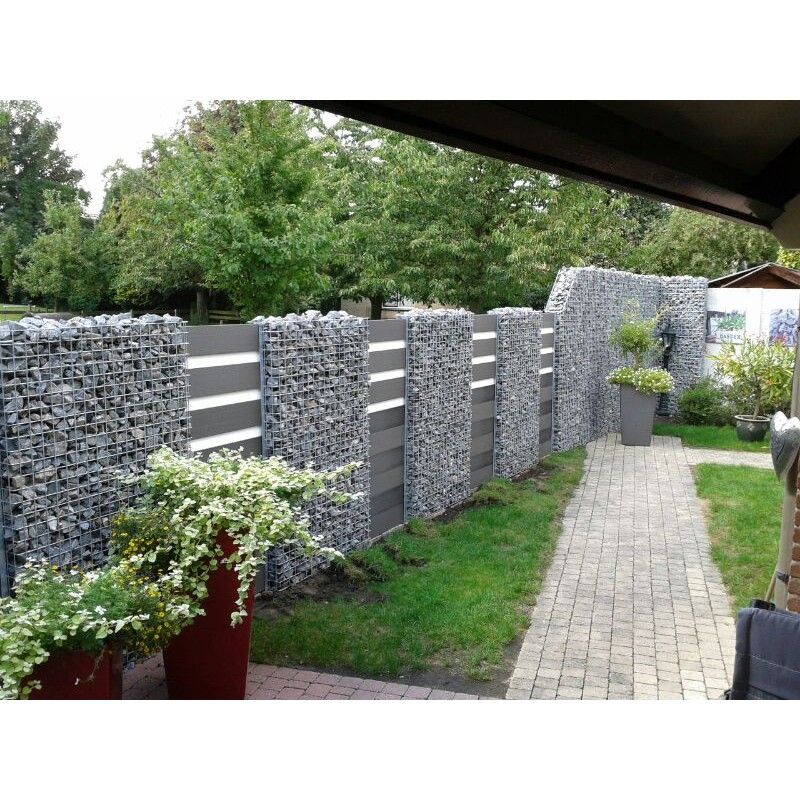 wpc zaun kombination mit gabionen retaining walls and fences pinterest fences gardens and. Black Bedroom Furniture Sets. Home Design Ideas