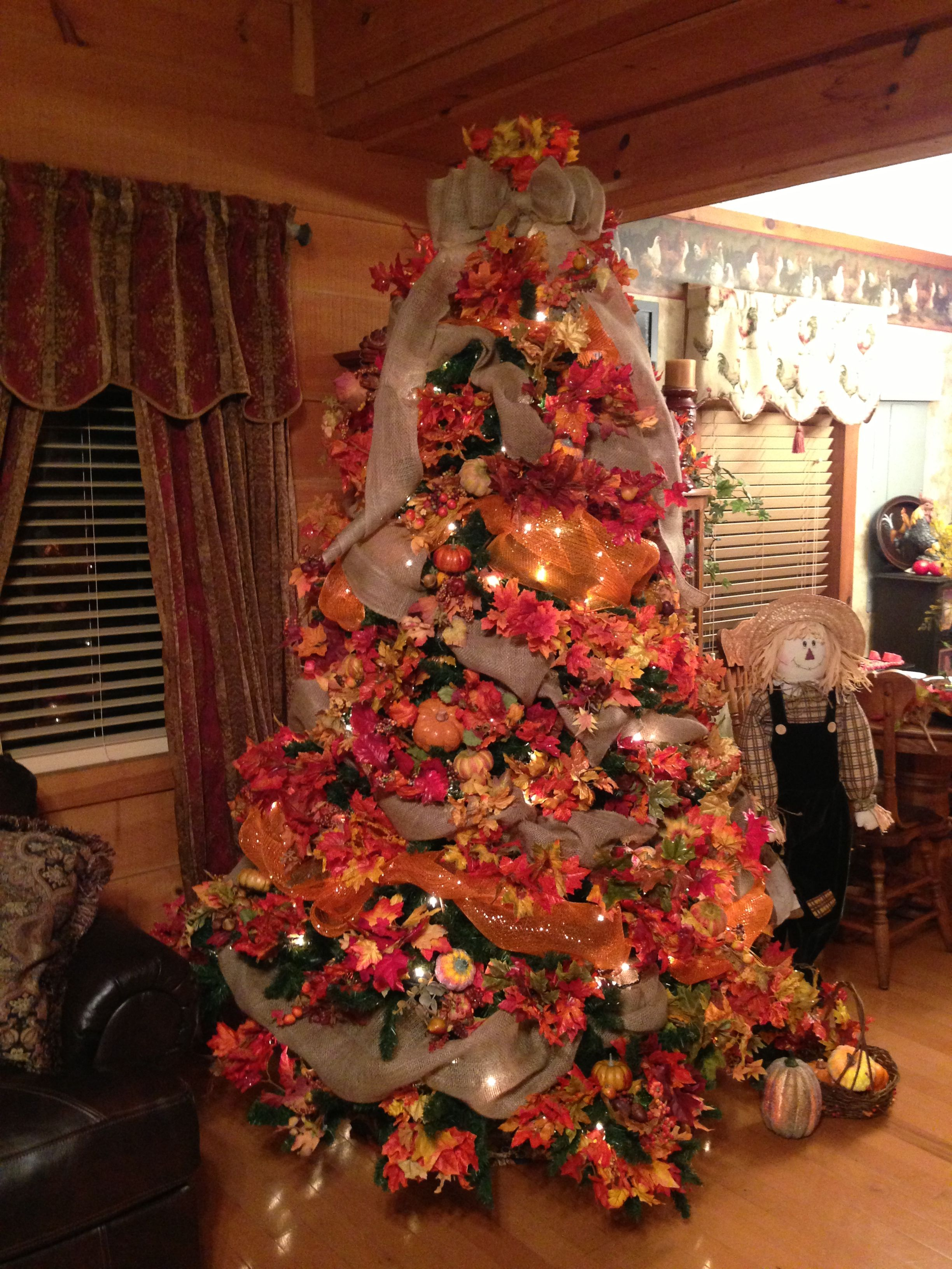 Update to my fall tree this year. I added burlap & mesh
