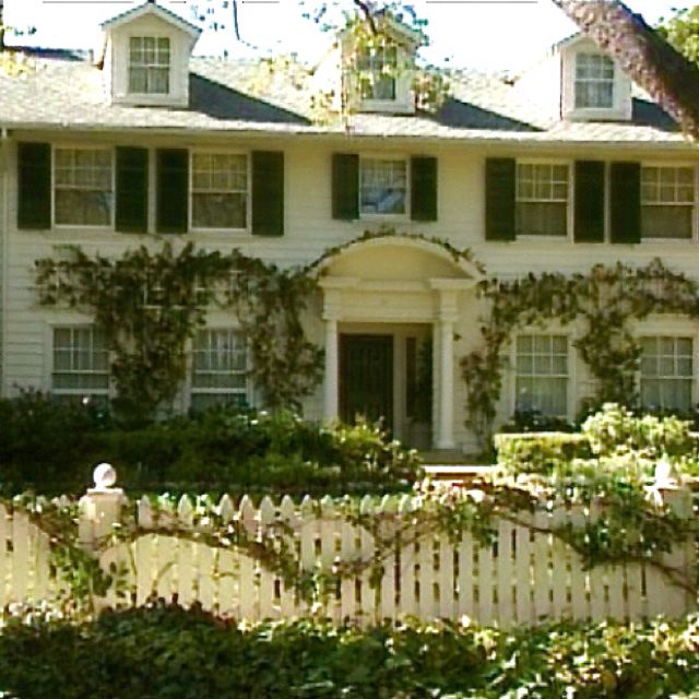 Its Complicated House: Good Stories With Great Movie Sets