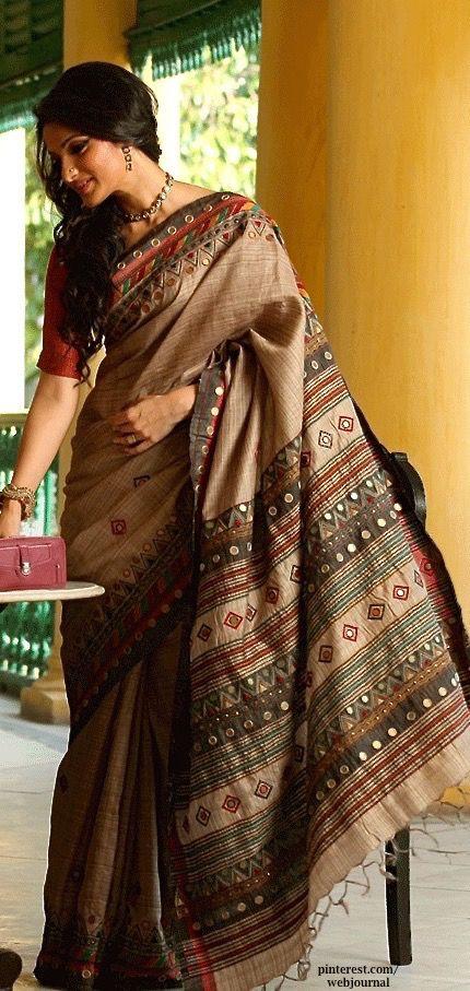 cd1e29d541c029 Embroidery on ghicha silk