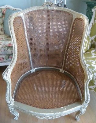 Delicieux ANTIQUE Elegant FRENCH CANE Bergere CHAIR Carved Roses