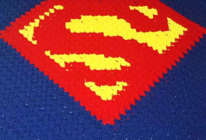 Superman Blanket – Free Crochet Pattern | Knitting,sewing & more ...