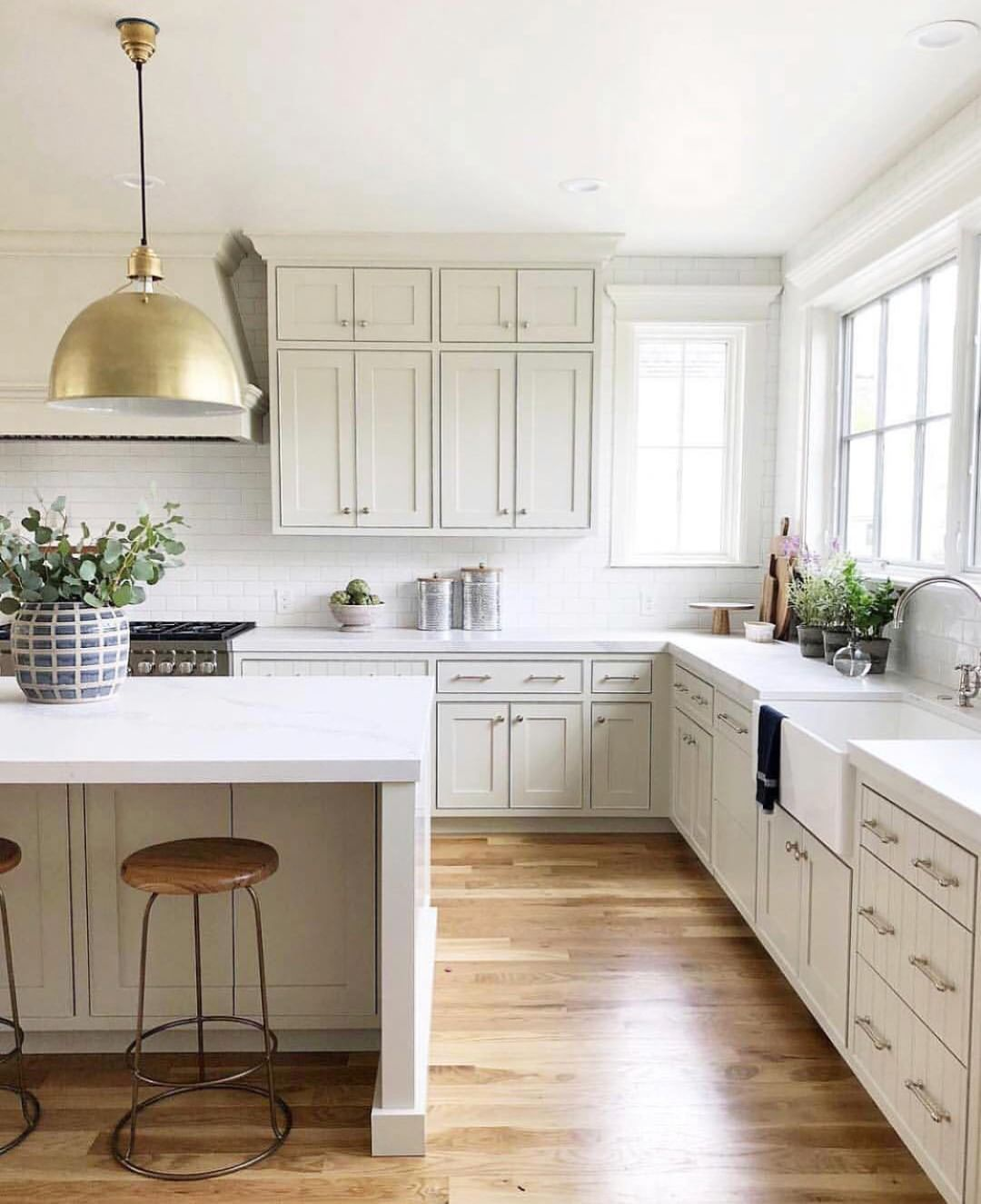 Light Up Your Kitchen By Hanging 2 3 Pendant Lights Over Your Island Spotted The Eugene Pendant In T Contemporary Style Kitchen Kitchen Trends Kitchen Remodel