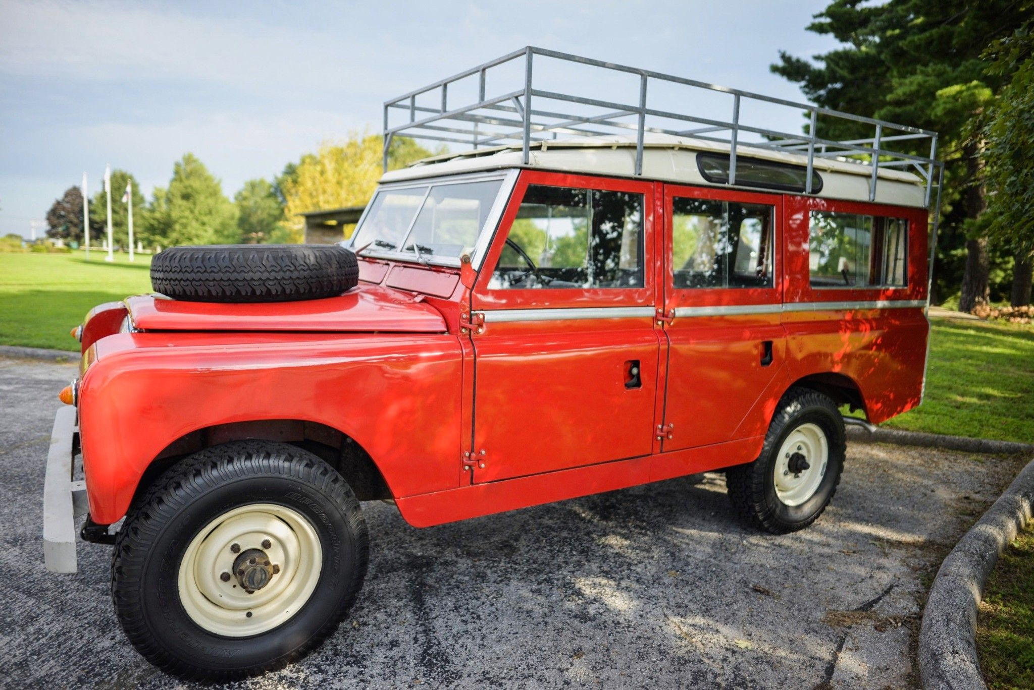 This 1967 Land Rover 109 Series IIA is one of 811 NADA station ...