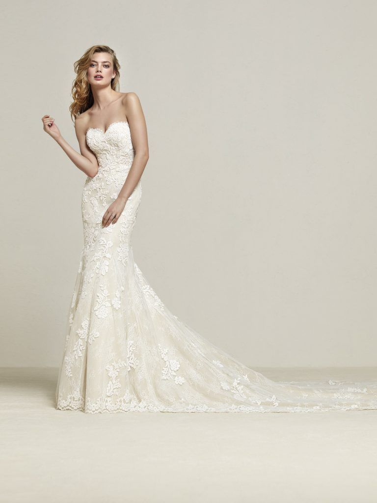 Wedding dresses fresno  The Perfect Summer Wedding Dresses To Fall In Love With  Wedding