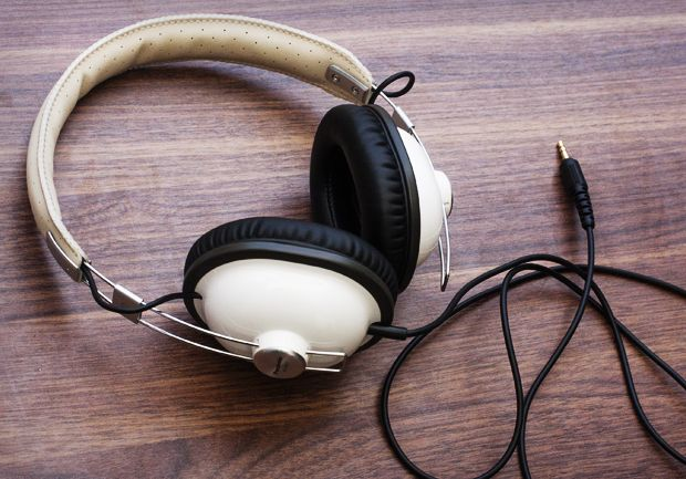 Best headphones for under $50: http://cnet.co/KHdV8R
