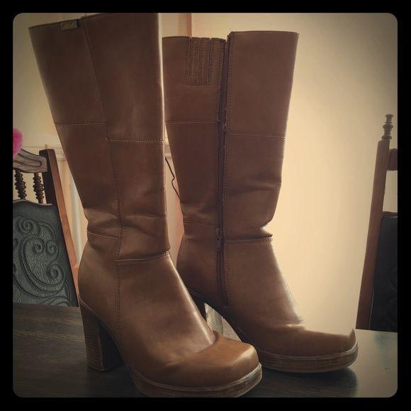 9a683e99e29 BOGO SALE🎉 Calf High Boots🎉 Very comfortable boots with big chunk ...