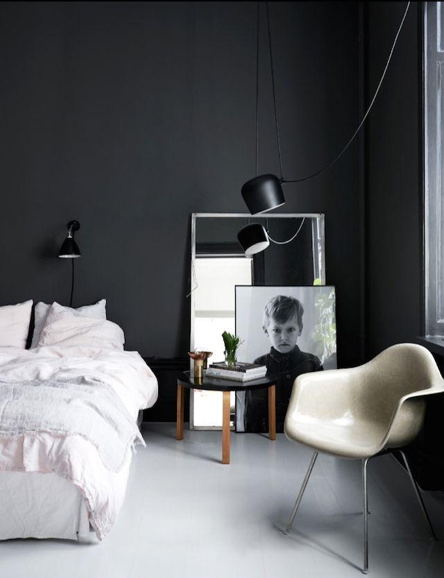 Bedroom - love the large picture frames / Bedroom Inspiration - schlafzimmer dunkle farben
