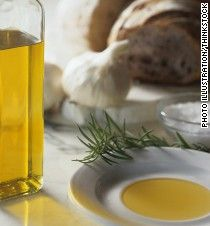 Nutritionists have long touted the heart-healthy benefits of extra-virgin olive oil. But did you know the oil may also help your brain?