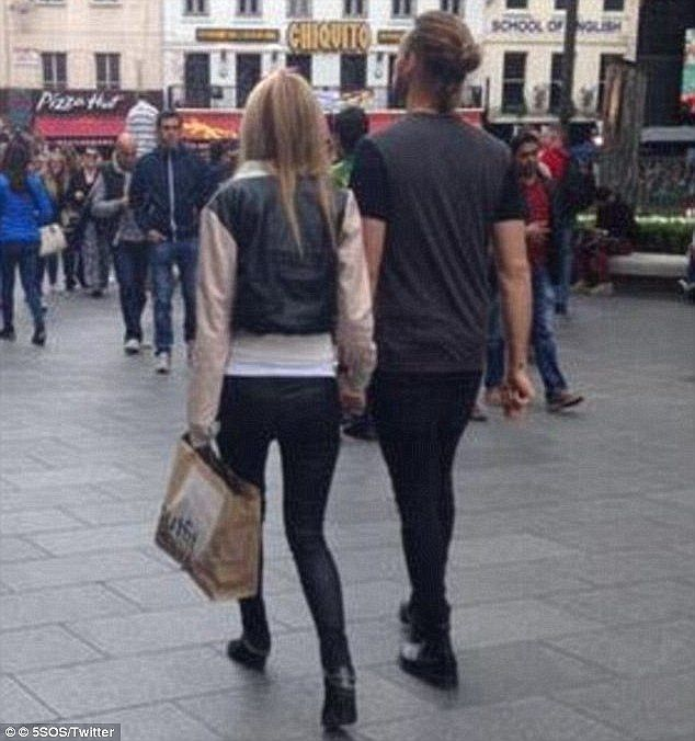 The World Was Desperate For A Kendall And Ashton Irwin Romance.