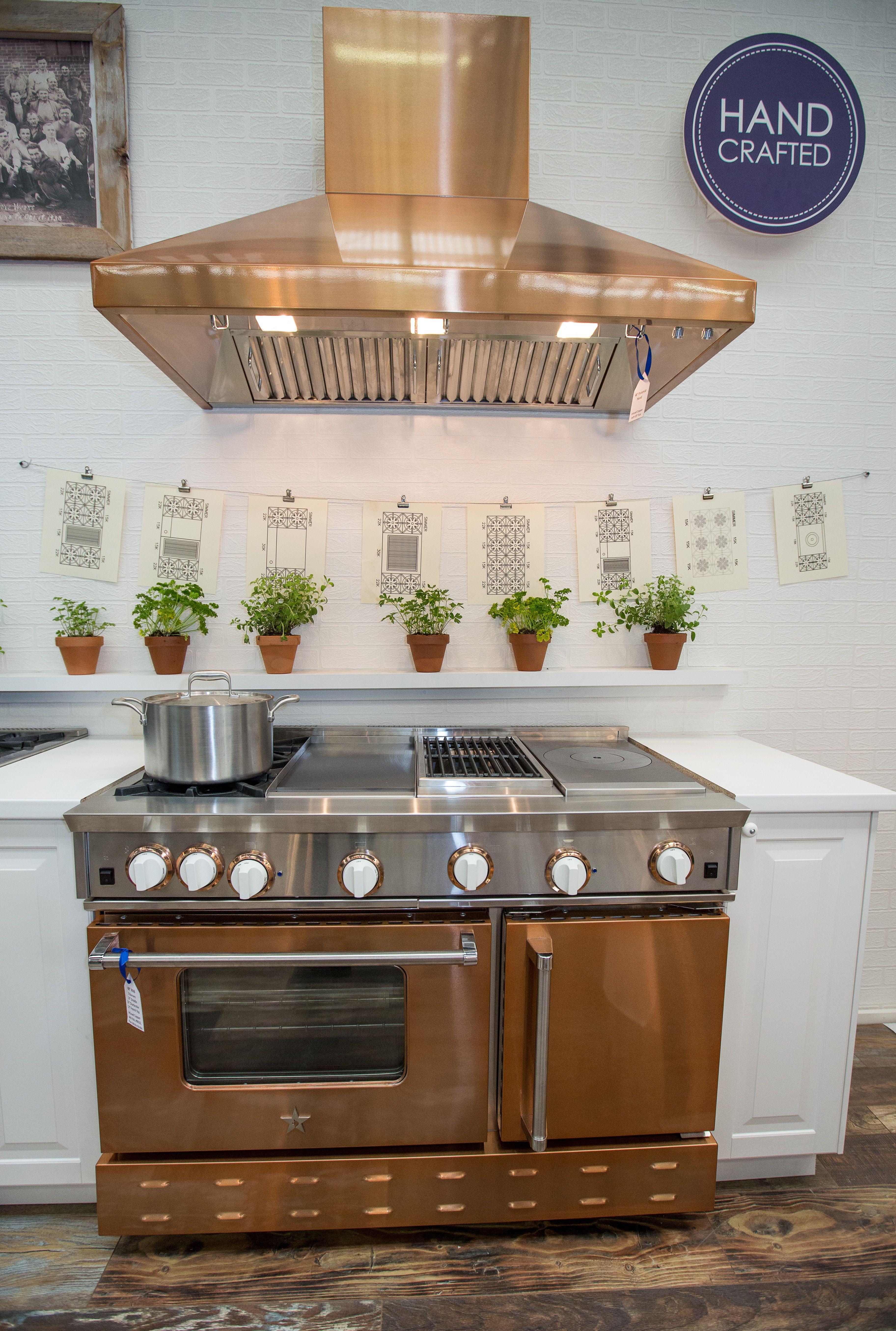 Kitchen appliance colors 2014 - Find This Pin And More On 2014 Architectural Digest Show In Nyc