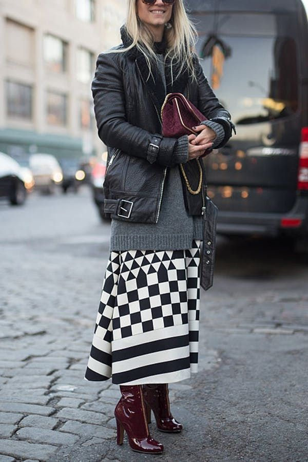 13 Unexpected Ways to Layer Fall Clothes is part of Layering Clothes Fall - The best way to upgrade your wardrobe doesn't require buying a ton of new pieces  It just requiresa creative approach to using the pieces you already own  This fall, we're taking inspiration from these 13 seriously stylish ladies to breathe new life into the shirts, skirts, dresses and