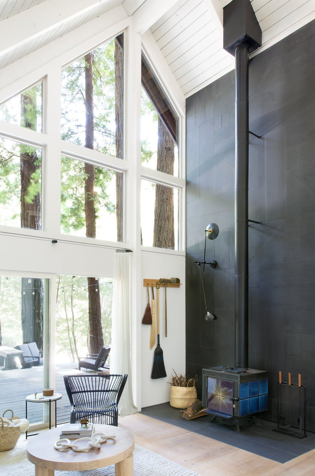 Photo 3 of 16 in This Pristine A-Frame Cabin Glows Like a Lantern in…