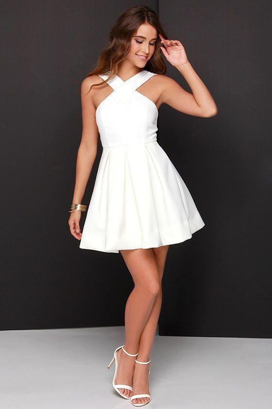 Mezuniyet Elbiseleri Mezuniyet Kiyafetleri Elbise Modelleri Balo Elbiseleri Gece Elbiseleri 28 Balo Elbiseleri Balo Elbisesi Elbise