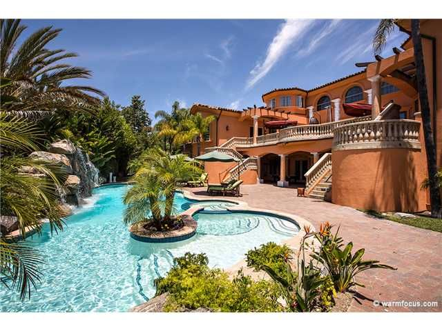 San Diego Homes For Sale Willis Allen Real Estate California Properties California Pools Orange County Real Estate Residential Pool