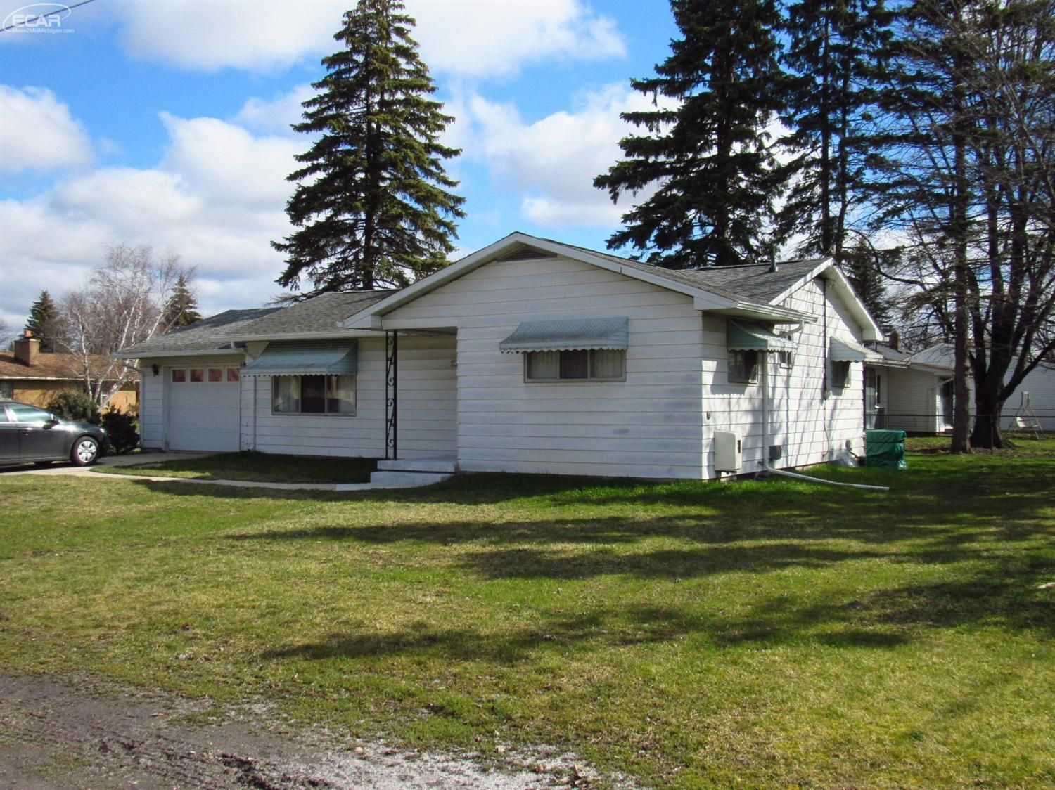 3350 Bauer Dr. Saginaw, MI for sale at $49,900.  2 bedroom home has updated roof, sump pump, water tank, electrical, and foundation.  #forsale #saginawhomes #openhouse #realestate