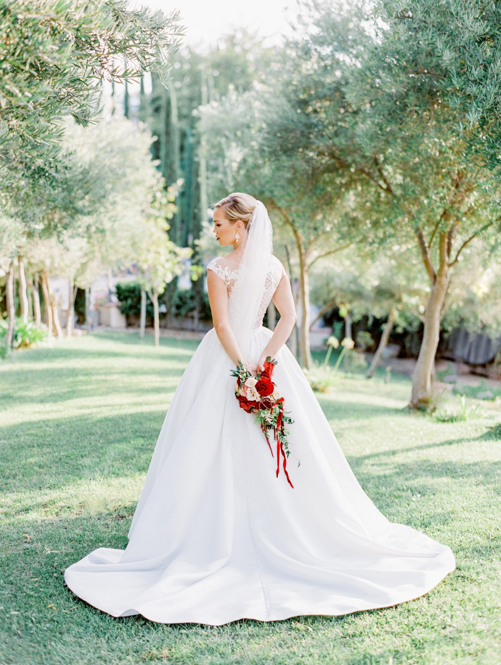 An Elegant Winery Wedding In All Shades Of Red Red Wedding
