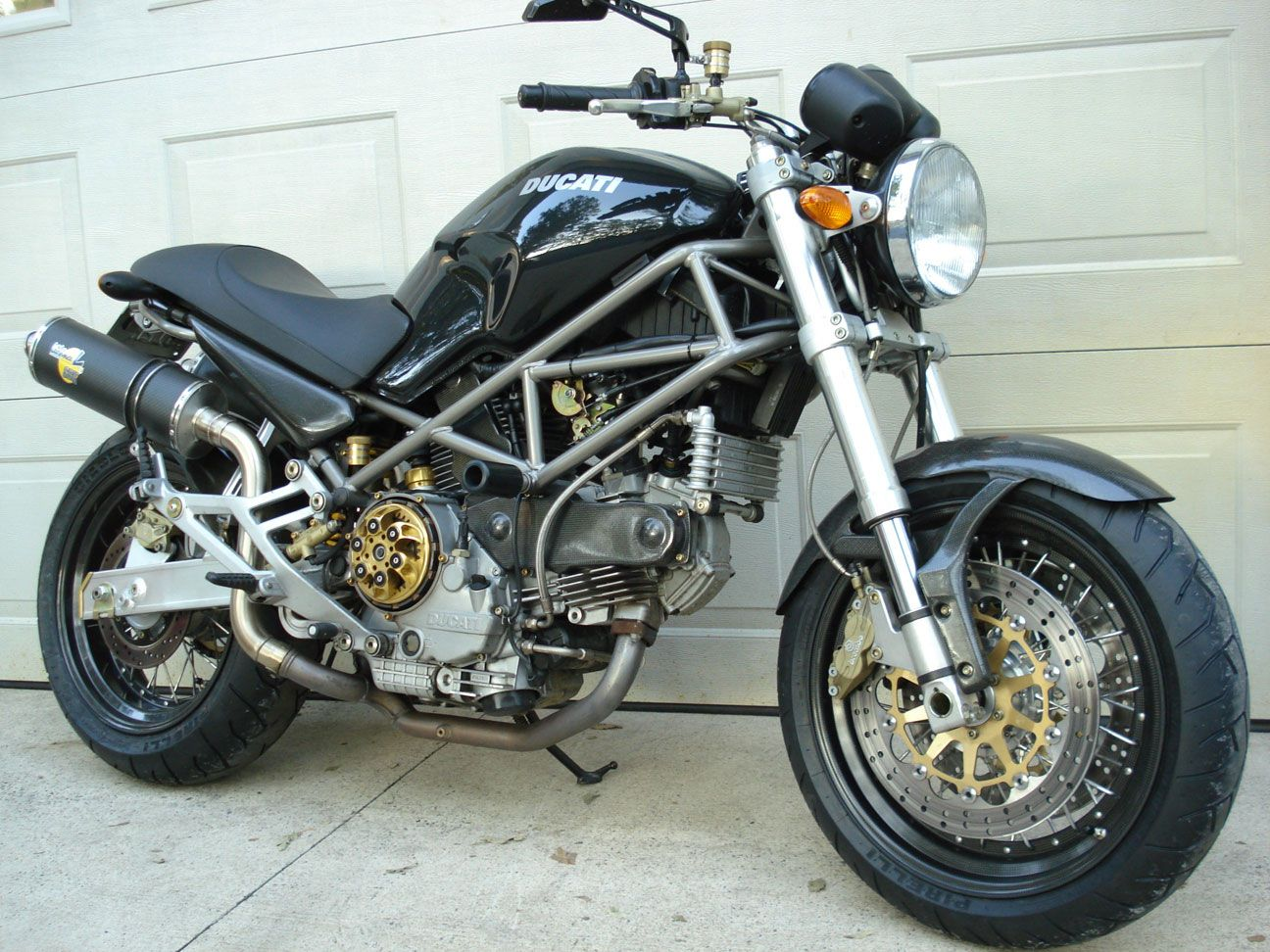 Older Generation Monster With Carbon Wire Spoke Wheels Ducati Monster Monster 696 Monster
