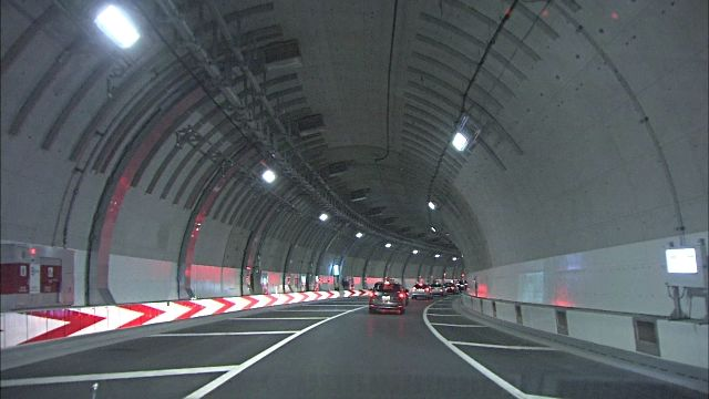 Traffic moves through the tunnel of Ohashi Junction on the Tokyo Metropolitan Expressway.