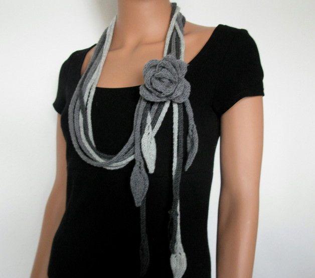 Strickschal Strickkette mit Blume Merino Wolle | Pinterest ...
