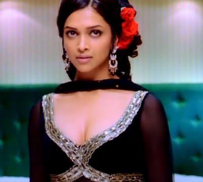 Deepika Padukone Om Shanti Om Google Search Indian Celebrities Deepika Padukone Hair Styles