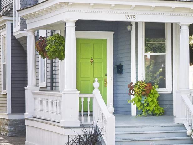 Sweet Potato Vine Goes Well With The Bright Green Front Door Curbeal Hgtvmagazine Http