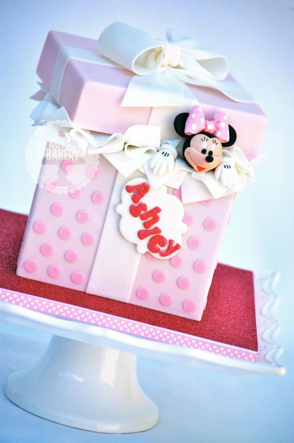 Minni Mouse Gift Box Cake by Lesley Wright Cakes Girls and