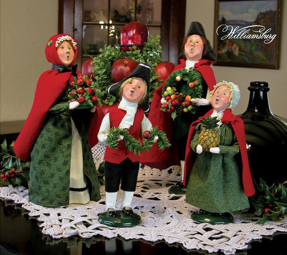 Christmas Carolers Yard Decorations: Gorgeous Image Of Decorative Red And Green Choir Christmas