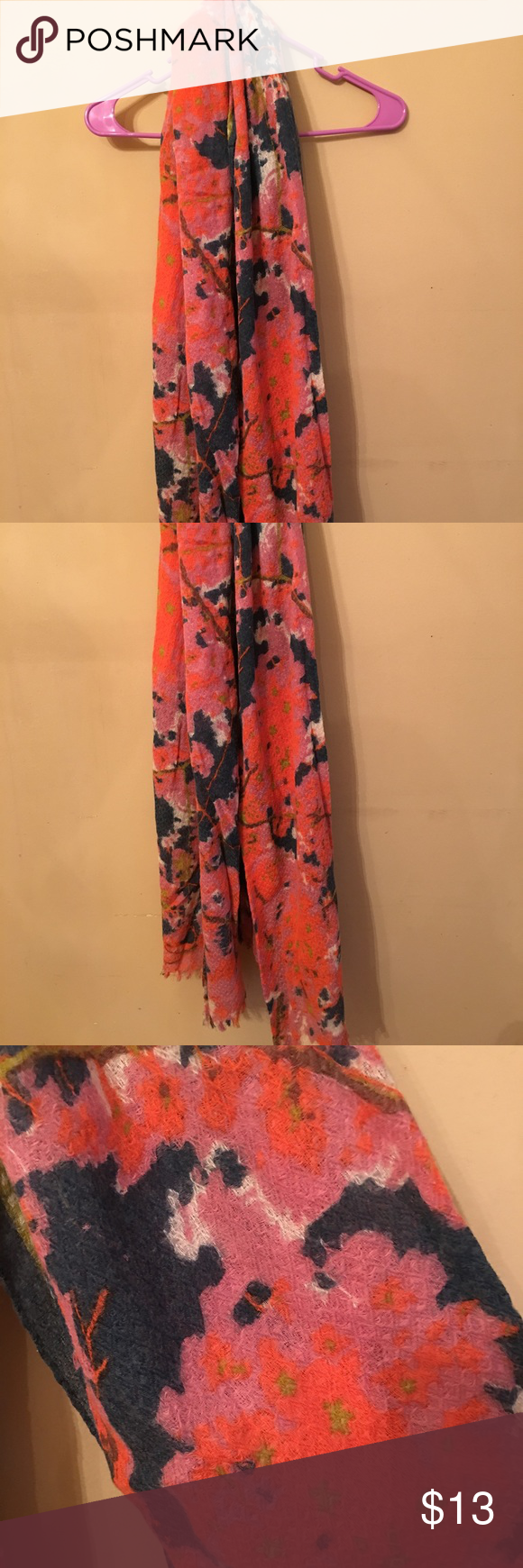 """J Jill Wool Blend Scarf Beautiful Colors This scarf is in great condition. It measures 75"""" from one end to the other. Would go great with any outfit! J. Jill Accessories Scarves & Wraps"""