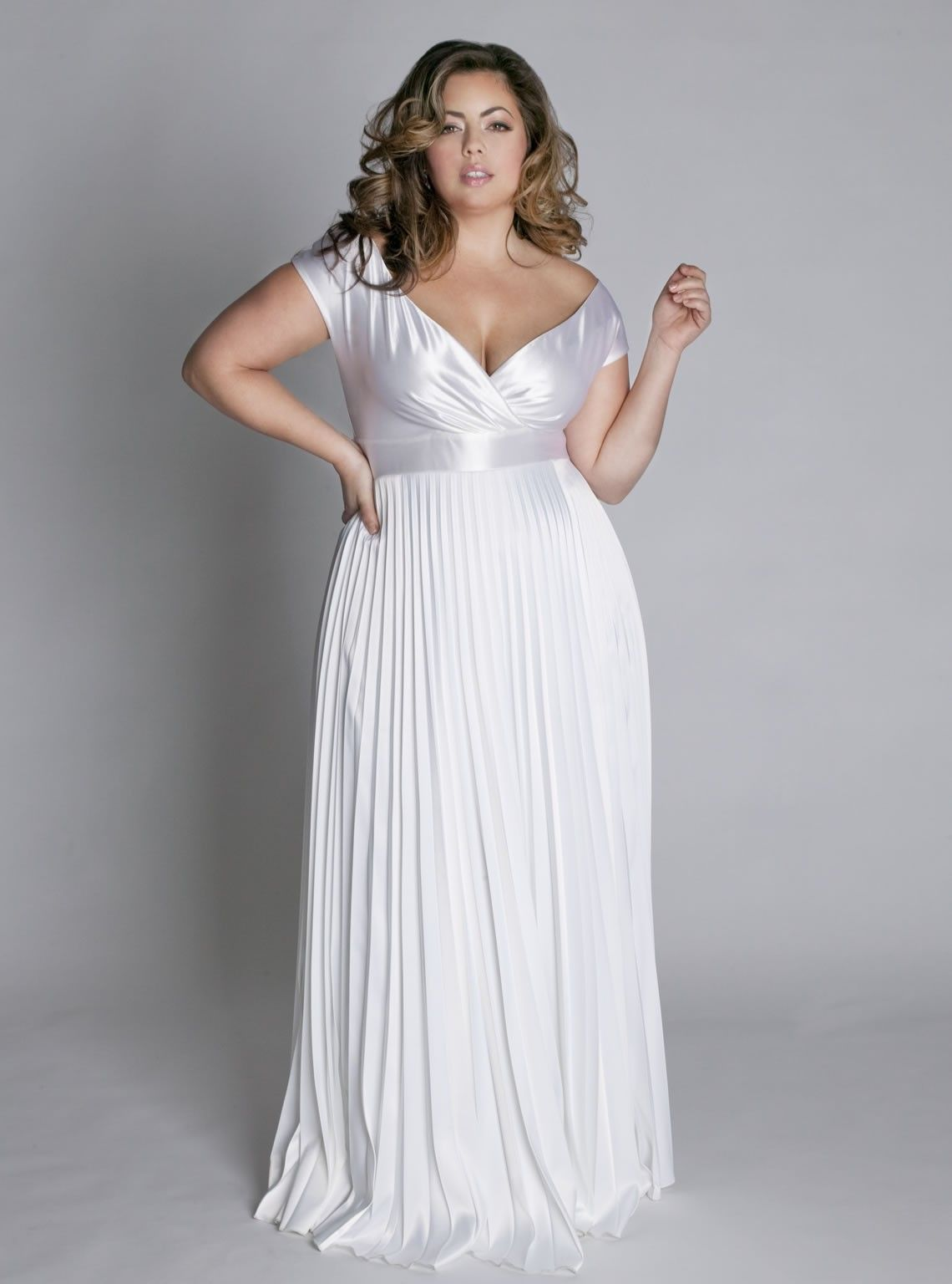 Second marriage wedding dresses plus size  Curvy Bride  Trajes novia talla grande  Pinterest  Girl blog