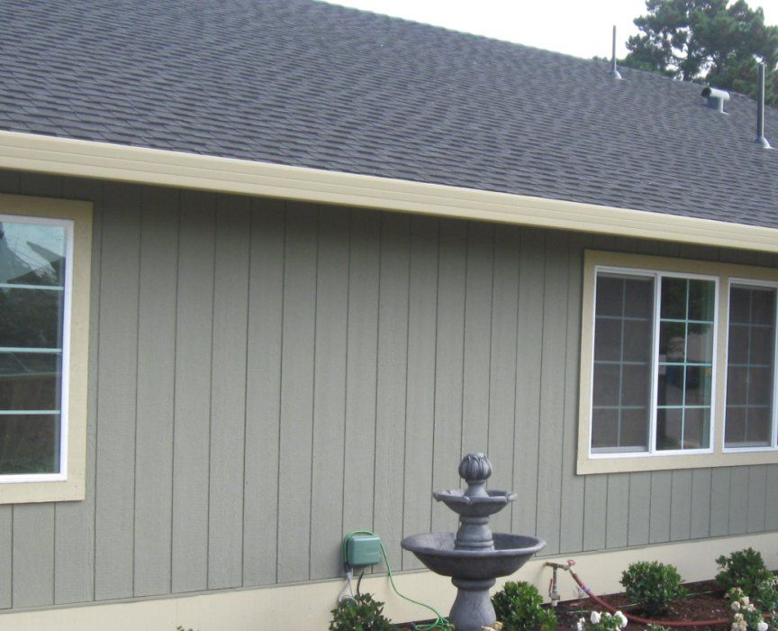 Http Www Manufacturedhomerepairtips Com Gutterrepairoptions Php Has Some Tips For The Diy Homeowner For Caring And Makin House Gutters Homeowner Rain Gutters