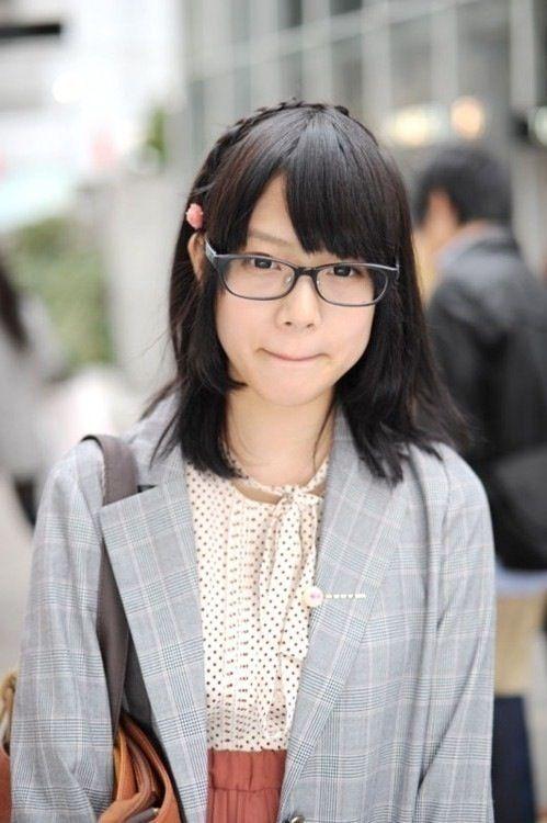 【画像】美人なのに眼鏡かけた地味女wwwwwww : 暇人\(^