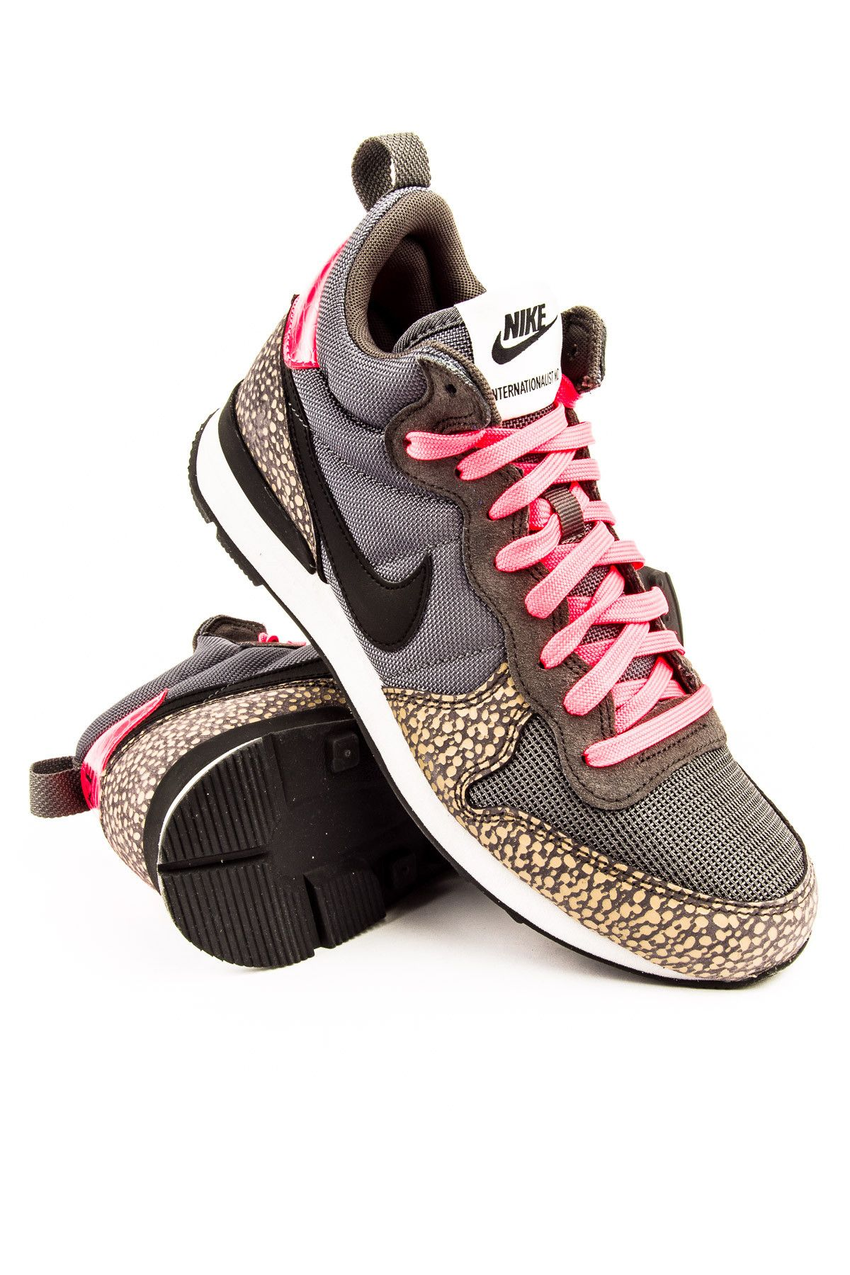 big sale df236 2deba Nike Internationalist Mid Cool Grey  Medium Ash  Bamboo  Black Sneaker